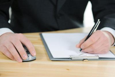 Bestimmte Informationen gehören in jedes Arbeitszeugnis.