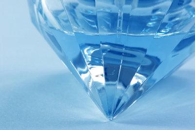 Diamanten lassen sich alterantiv auch künstlich erzeugen.