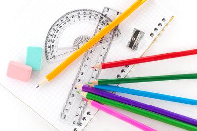 Mit Stift und Lineal sind Sie bestens gerüstet für das maßstabsgerechte Zeichnen.