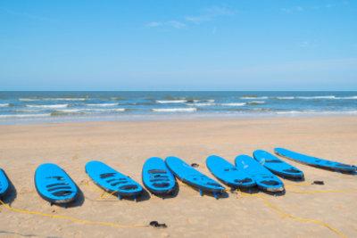 In Zandvoort erwarten auch Surfer beste Bedingungen.