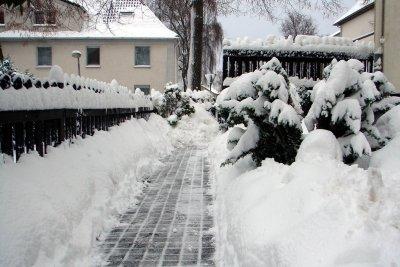 Bauen Sie ein Räumgerät für die kalte Jahreszeit.