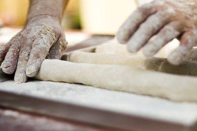 Brot backen im Steinbackofen