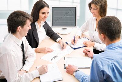 In jeder Firma gibt es eine Hierarchie.
