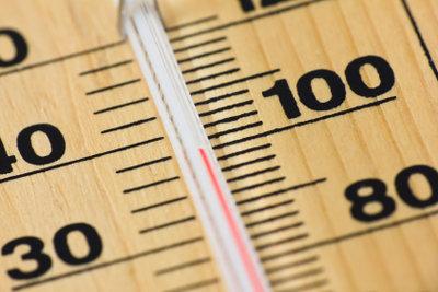 Manche Thermometer haben auch Fahrenheit-Skalen.