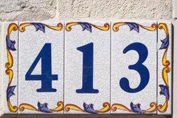 Machmal ist es hilfreich herauszufinden, wer unter derselben Adresse erreichbar ist.