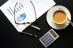 Gewinne lassen sich nur mit Abgrenzungsarbeiten in der Buchhaltung ermitteln.