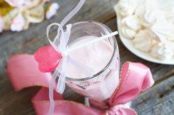 Milchprodukte verfeinern den aspartamfreien Proteinshake.