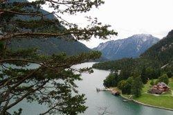 Am Achensee die zauberhafte Natur genießen
