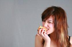 Jugendliche sollten viel Obst essen.