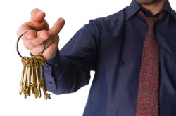 Provision gibt es dann, wenn der Kunde die Schlüssel erhält.
