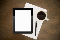 Das iPad ist noch portabler als das kleine Macbook Air.