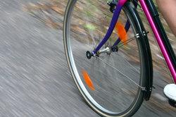 Meniskusschäden können Sie mit Fahrrad fahren vorbeugen.