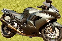 So können Sie Motorradverkleidungen reparieren.