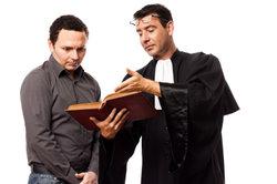 Der Verdienst des Rechtsanwaltsfachangestellten ist sehr unterschiedlich.