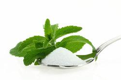Stevia ist eine gesunde Alternative zu Kristallzucker.