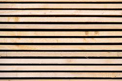 Bauholz sollte ordentlich und luftig gelagert werden.