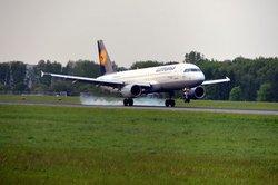 Ein Beruf mit Zukunft - Flugbegleiter bei der Lufthansa