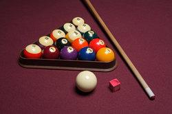 Billard - ein verbreitetes Spiel in Bars und Kneipen.