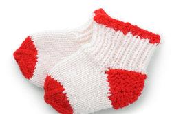 Beim Sockenstricken können Sie die Ferse auch später stricken.