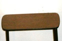 Typischer Tisch mit Resopalplatte aus den 50ern