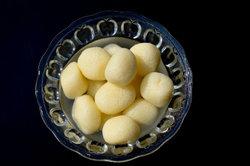 Rasgulla ist eine indische Dessert-Spezialität.