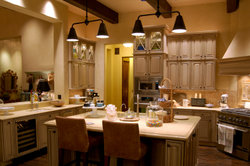 Eine Mikrowelle gehört in jede moderne Küche.