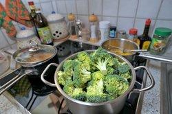 Kochen auf Induktion ist sauber und sicher.