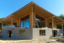 Auf der Baustelle lauern Unwägbarkeiten - ein guter Architekt muss diese vorhersehen.