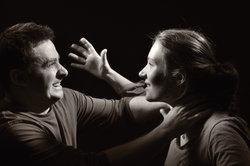 Lösen Sie Ihre Eheprobleme besser in einer Paartherapie.