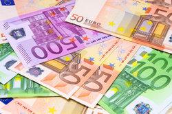 Nebenkosten für ein eigenes Haus liegen bei mehreren Tausend Euro.