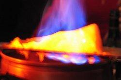 Feuerzangenbowle können Sie auch in einer Tasse servieren.