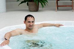 Ein Whirlpool hilft Ihnen dabei, zu entspannen.