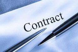 Ein Subunternehmervertrag wird vereinbart, um Einzelleistungen von anderen erbringen zu lassen.