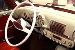 Der Opel Olympia ähnelt sehr den amerikanischen Klassikern der 1930er Jahre.