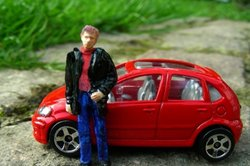 Fixieren Sie Ihre Vorgaben beim Autoverkauf in einer schriftlichen Vollmacht.