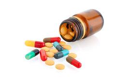 Antibiotika können den Darm schädigen.