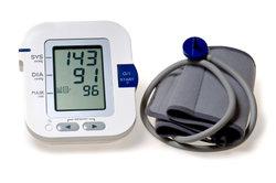 Blutdruckmessgeräte zeigen eine physikalische Größe an.