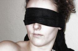 Blinde Justitia - objektives Recht entspringt der menschlichen Würde.