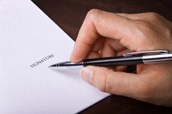 Ihre Unterschrift unter den Arbeitsvertrag regelt Ihre Entlohnung.