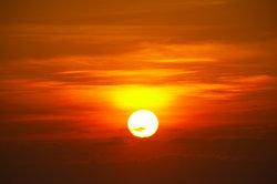 Die Sonne ist ein riesiger Fusionsreaktor.