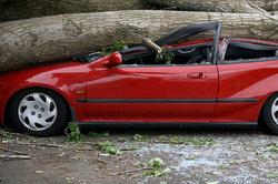 Ist Reparatur nicht mehr möglich (Totalschaden), zahlt Versicherer Wiederbeschaffungswert.