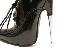 Extrem hohe High Heels sind ein toller Hingucker.