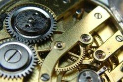Kaliber bezieht sich auf die Größe des Uhrwerks.