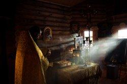 Der Mönch Tobias auf der Suche nach der Lösung