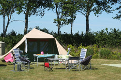 Nahe Zandvoort können Sie Camping betreiben.