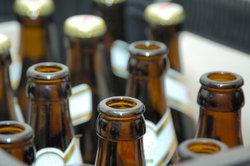 Basteln Sie aus einem Bierkasten einen außergewöhnlichen Adventskalender.