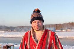 Dittsche ist berühmt für seinen Bademantel.