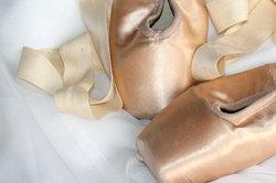 Ballet Boots sind dem Spitzentanz einer Ballerina nachempfunden.