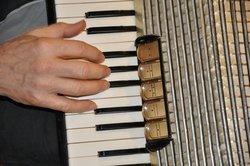 Auf dem Akkordeon kann man nahezu jedes Lied spielen.