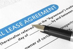 Der Vordruck für eine Elternbürgschaft hilft beim neuen Mietvertrag.
